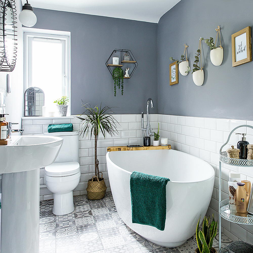 Four Bathroom Decorating Ideas On A Budget To Give Big Changes